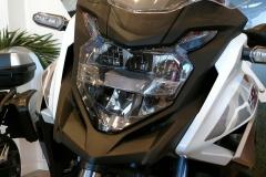 Honda CB500X 2021 Color Blanco Perla Metalloid en Servihonda.