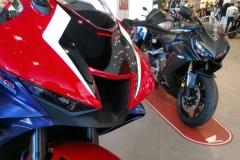 Honda-CBR-1000RR-Fireblade-03