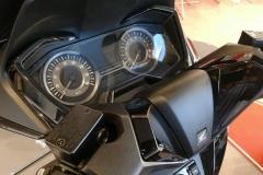 Honda-Forza-300-Limited-Edition-01
