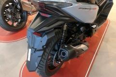 Honda-Forza-300-Limited-Edition-02