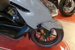 Honda-Forza-300-Limited-Edition-04