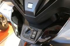 Honda-Forza-300-Limited-Edition-06