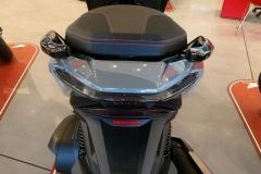 Honda-Forza-300-Limited-Edition-07