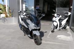 Honda-Forza-300-Limited-Edition-Exterior-05