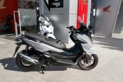 Honda-Forza-300-Limited-Edition-Exterior-07