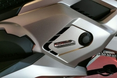 Honda Forza 750 Color Plata Mate Metalizado Beta en Servihonda.