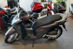 Honda-SH125i-2020-01