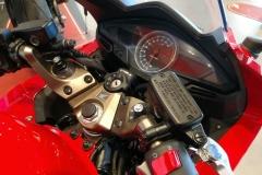 Honda-VFR800F-02