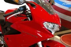 Honda-VFR800F-04