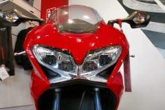 Honda-VFR800F-06
