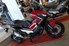 Honda X-ADV Color Rojo Grand Prix en Servihonda.