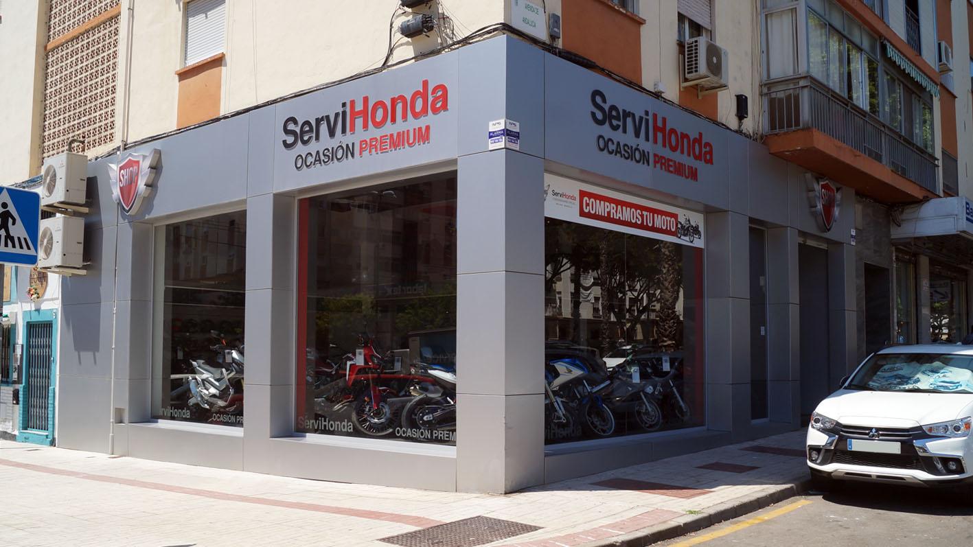 fachada-servihonda-ocasion-shop-premium-avenida-andalucia