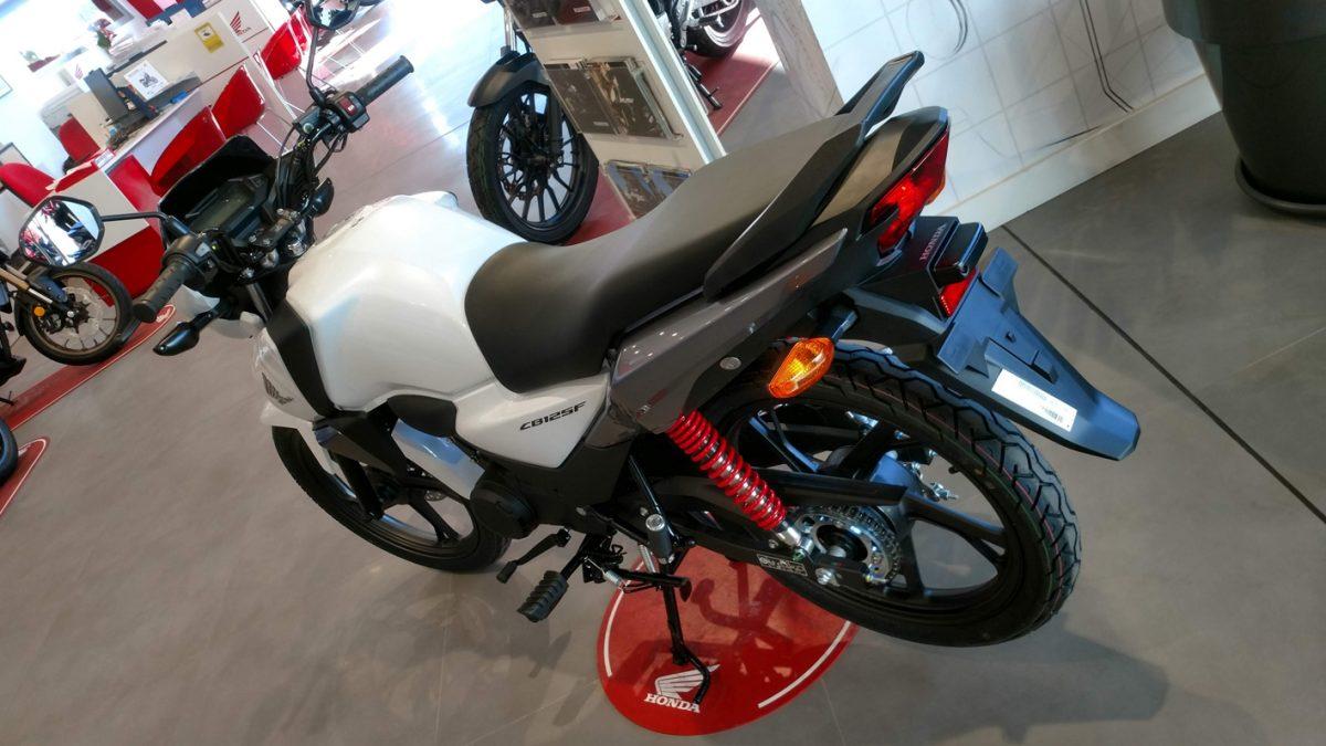 Honda CB125 2021 en Servihonda.
