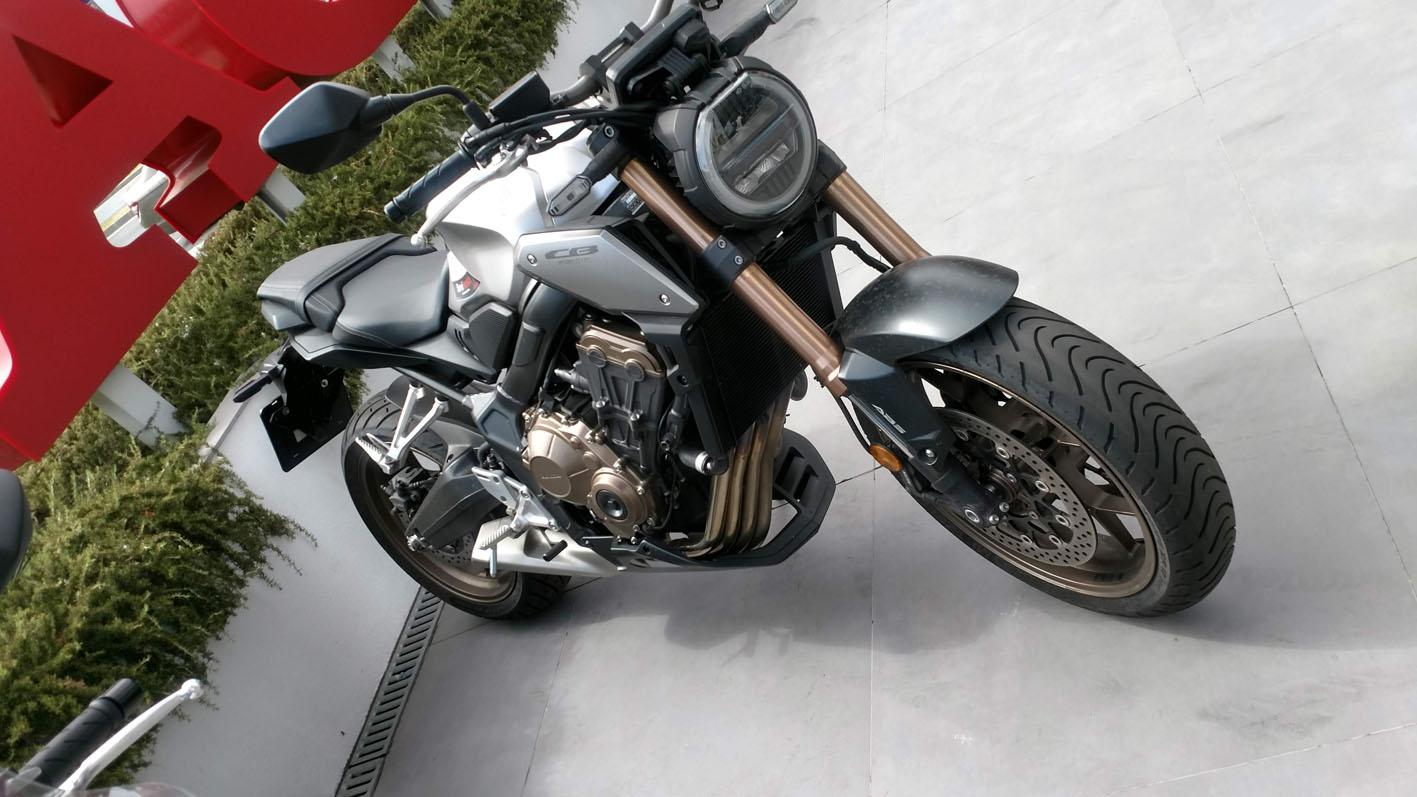 Honda CB650R Demo Bike en Servihonda.