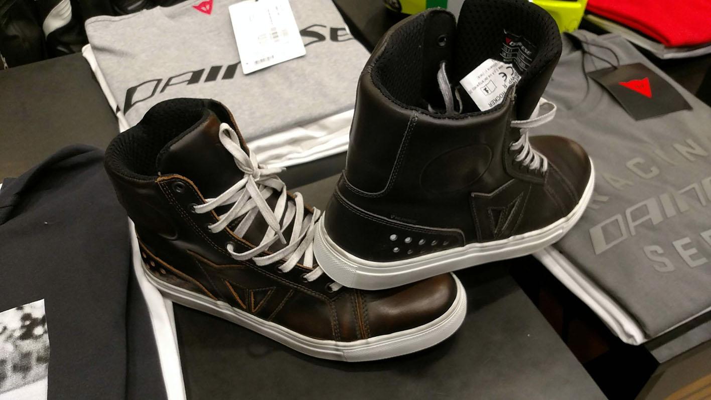 Zapatillas y Calzado